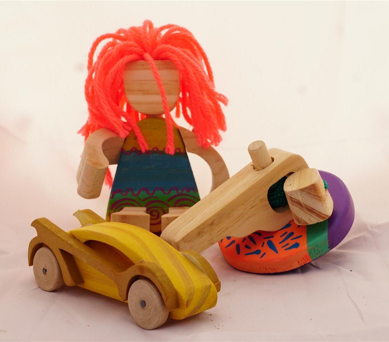 Muñeca-trompo-auto